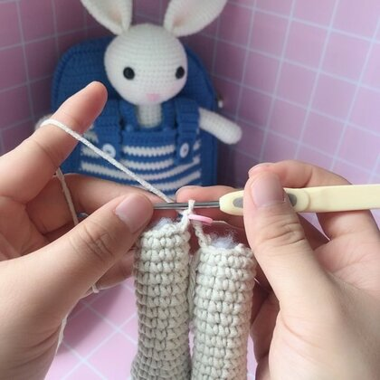 小兔子玩偶教程-12@美拍小助手 #手工#