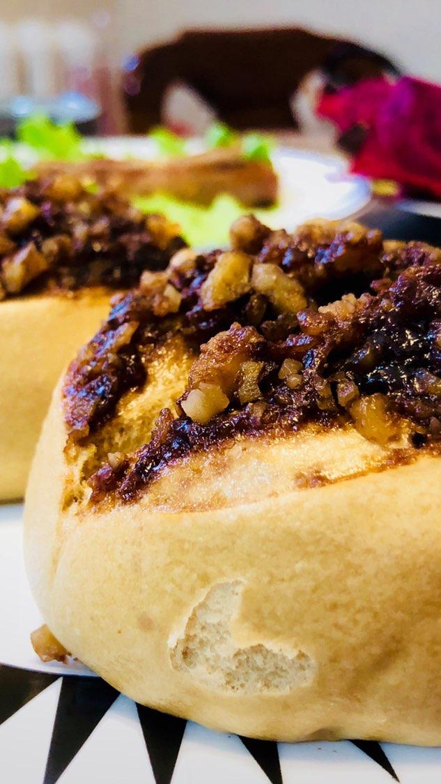 红豆薏米粥、核桃红糖馒头,手抓饼,红芯火#美食##早餐##日常#