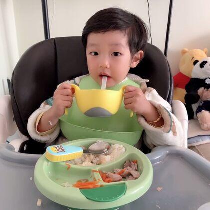 #育儿经验分享##宝宝##宝宝辅食#@企鹅妈妈拍宝宝