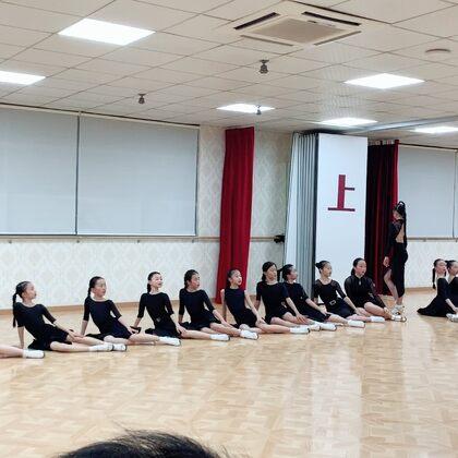 精英班公開課。可愛的小海豚們。#舞蹈##少兒拉丁舞##拉丁舞#