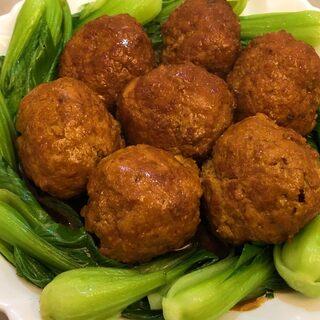 过硬的年夜菜不可以千少了红烧狮子头,小十一不舒服更新晚了。#美食##云朵的食光记#