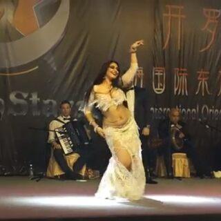 喜愛的俄羅斯舞者Tatyana~在上海舞蹈節的演出#東方舞##hazihi#樂隊曲目《hazihy laylety》#classical#