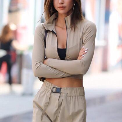 哪有人不喜歡氣質的女孩子?#穿秀##我要上熱門#@美拍小助手