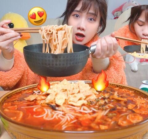 【密子君美拍】螺螄粉賽道開始了!第一場初選6...