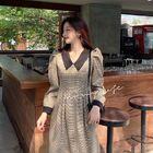 【2.24】小喬'村口店https://shop366615250.taobao.com/shop/view_shop.htm?shop_id=366615250隱藏單品 千鳥格子裙 媽耶 春日里的vintage少女 ~  這件沒什么好猶豫的 誰穿誰美 骨架大的女孩一定要試試 會真香的!!( 大家都復工了嗎 ? )#宅家減脂大作戰# ???#把江湖穿在身上##今日穿搭#