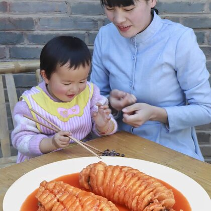 等到月初豆芽就要去幼兒園了,現在還能留在身邊做些好吃的給她#美食#