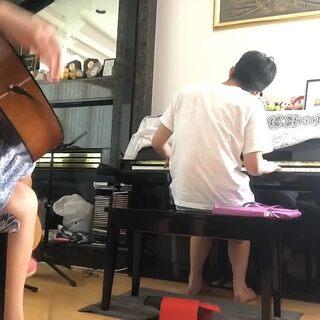 木吉他鋼琴演奏《小城故事》#曬曬我的家##周杰倫#@MrJ臺灣官方
