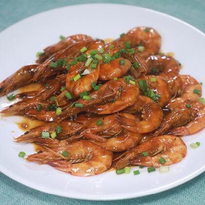 我這種做法的油燜大蝦根據自己的口味有所改良,口味酸甜微辣非常入味#黃掌勺##美食##油燜大蝦#
