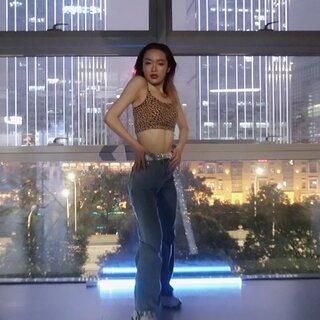 華莎新曲速翻!MARIA!好聽!@敏雅可樂 @美拍小助手 #敏雅音樂##我要上熱門##韓國舞蹈#