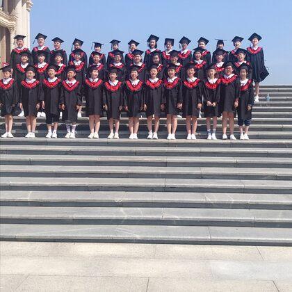 #我們畢業了#孩子們今天畢業了……希望你們在初中都好好學習。